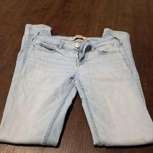 Hollister Jean's size 25 w 31 l